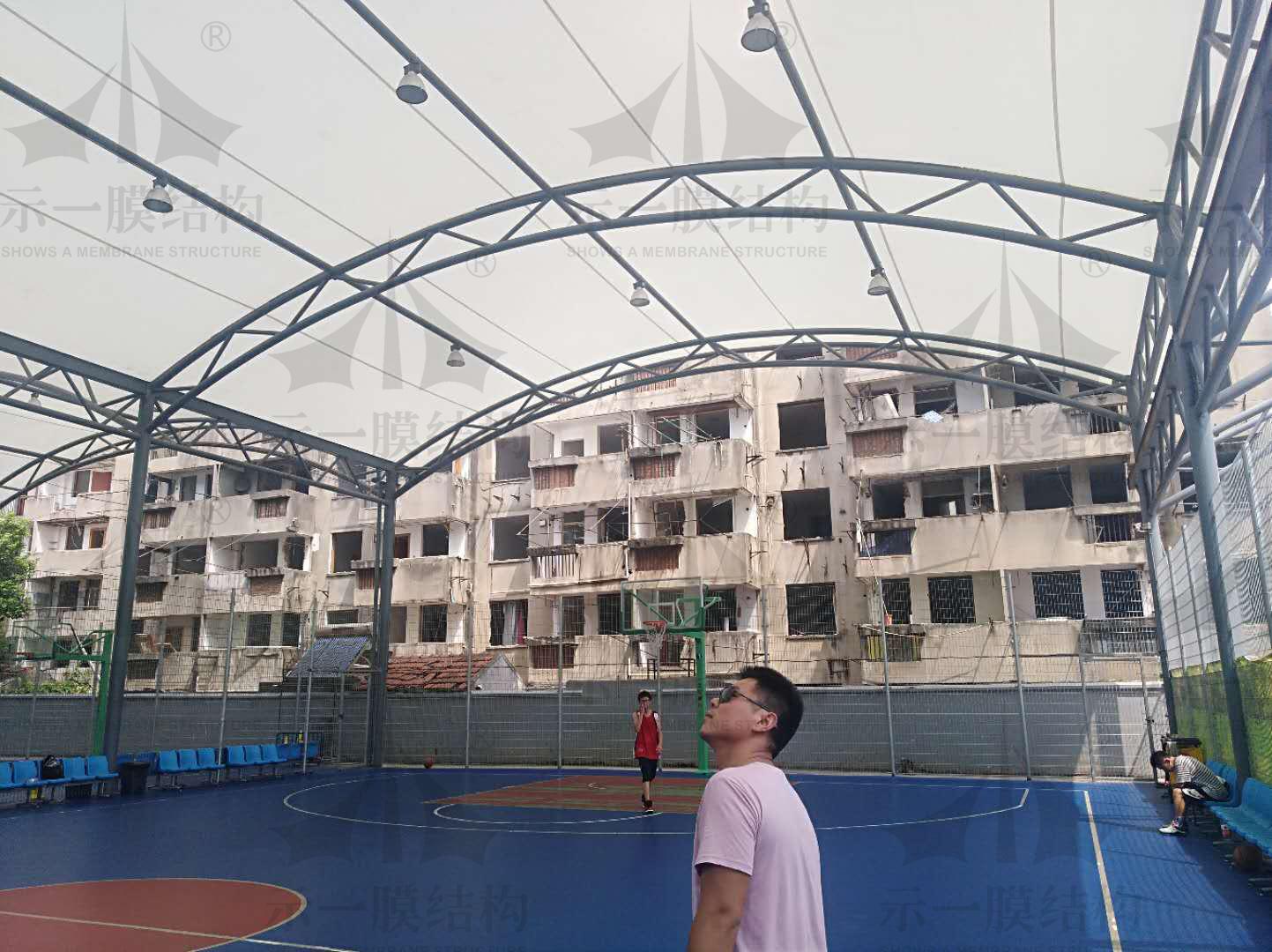 上海示一膜结构昆山篮球场膜结构遮阳棚