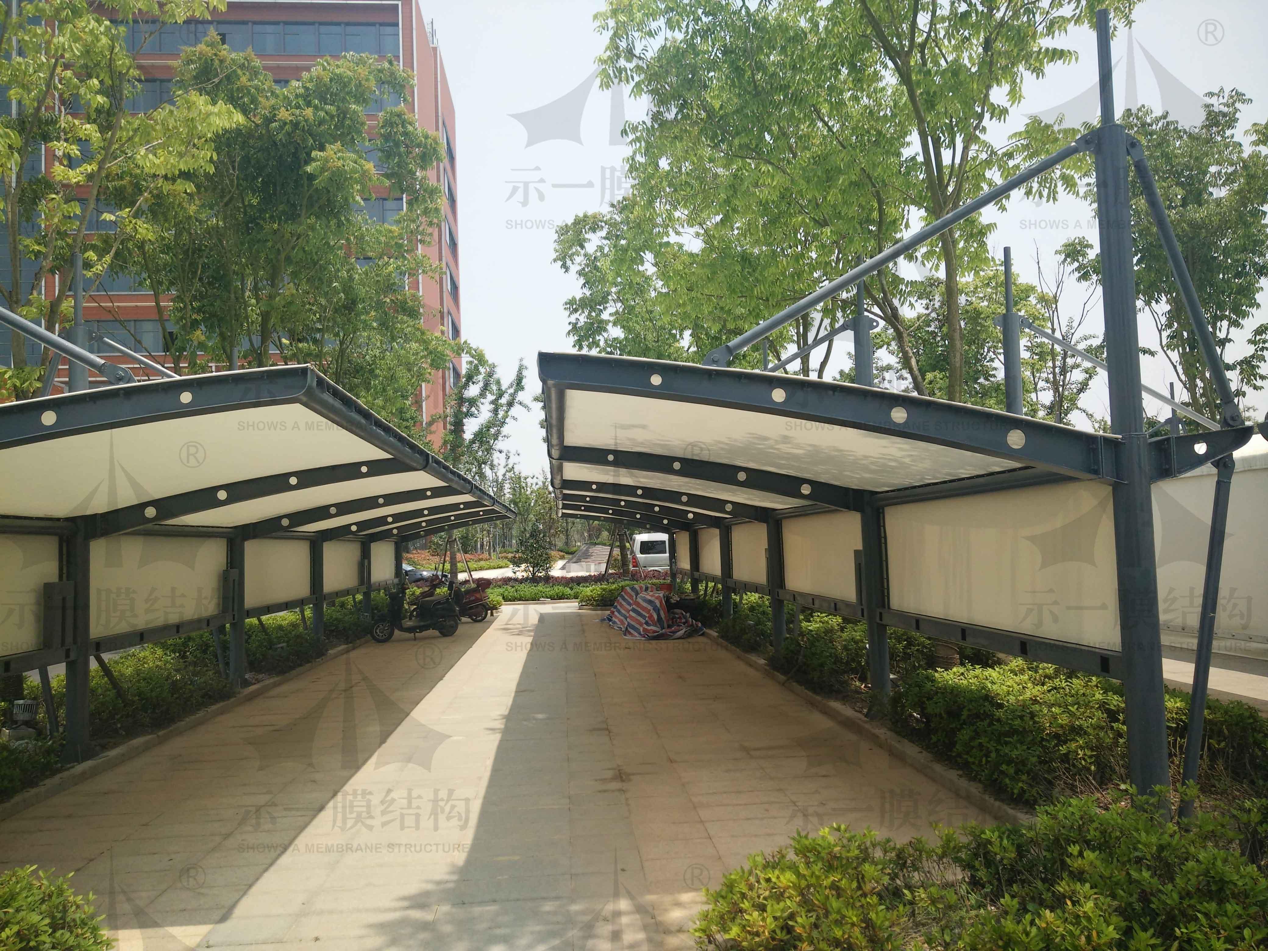 上海示一膜结构海门临江产业园 PTFE膜结构停车棚