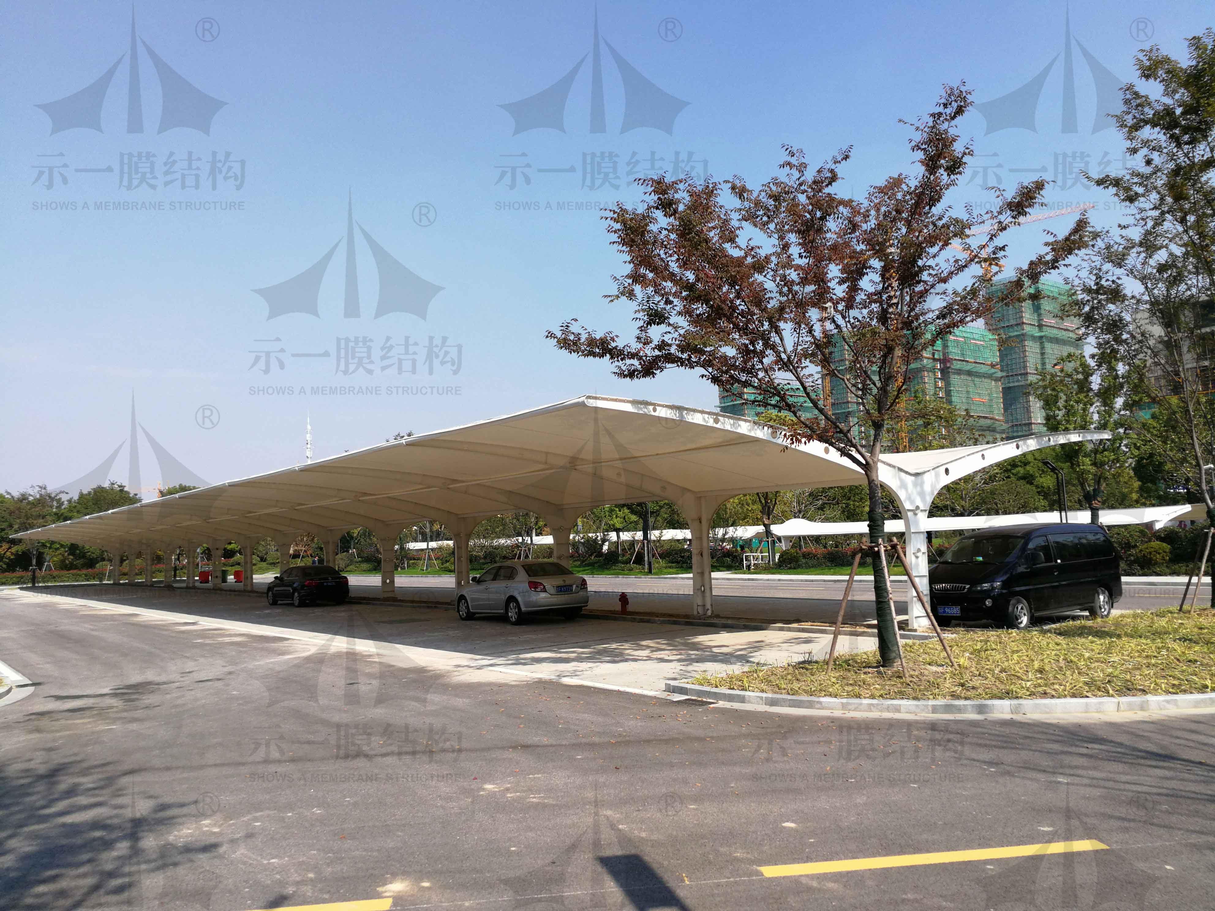上海示一膜结构南通市政府停车棚