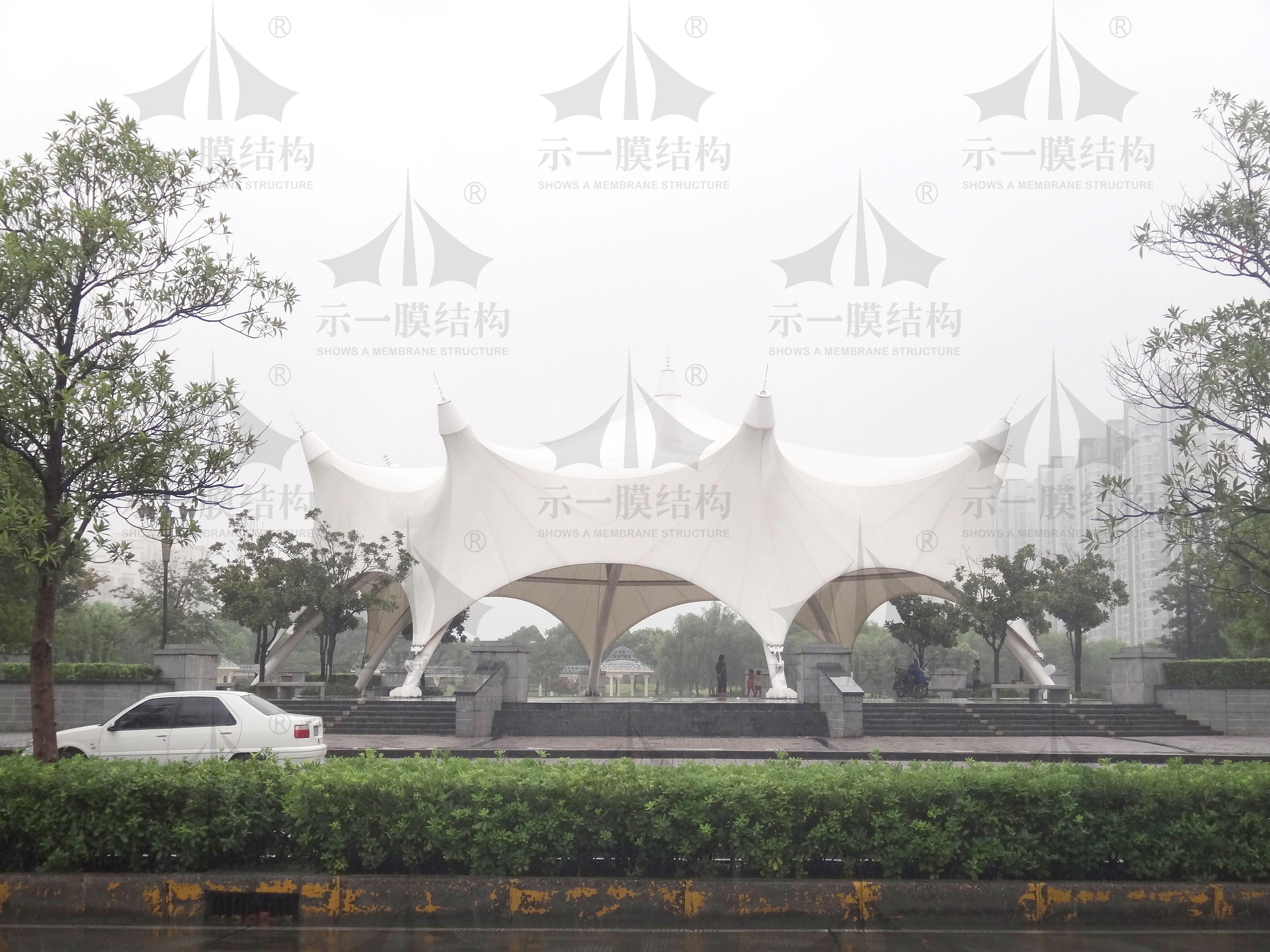 上海示一膜结构松江城市广场膜结构雨棚